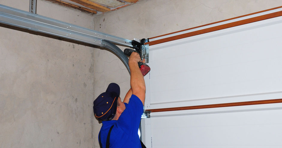 Garage Door Spring Repair Syracuse NY